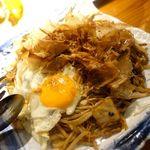 72906320 - 熟成飛騨牛のソース焼麺 1300円