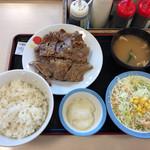 松屋 - 2017年09月10日  カルビ焼肉定食 ライス大 930円