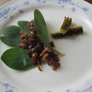 ステーキレストラン パポイヤ - 料理写真:カリカリに焼いた脂身