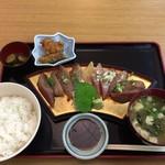 からコロ亭 - ゴマネリゴ定食