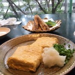鎌倉 松原庵 欅 - 牛蒡の天ぷら/ダシ巻き卵