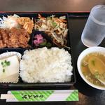 つる園 - 日替わり定食 ¥700 ・味ガツン!ボリュームガツン!満足!