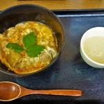 鳥めし 鳥藤 - 親子丼(800円)