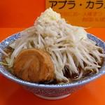 72938367 - 醤油ラーメン(730円)