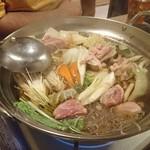 72938625 - 鶏鍋(少な過ぎ。名古屋コーチンの味がしない)