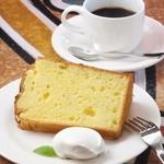 エバーグリーンカフェ - シフォンケーキセット