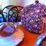 ルフナ - 紅茶はティーポットで