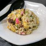 拉麺帝国 - 荒々しく炒められた半チャーハン。美味しかった。