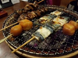 すみぼうず - 鰻肝串、鰻白焼き、ホタテ貝柱燻製