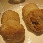 7295064 - 全粒粉のパン