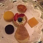 パノラミックレストラン ル・ノルマンディ - 小菓子