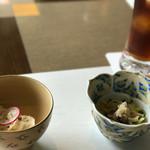 吉亭 - 小鉢2品 キノコの白和えと郷土料理の冷や汁