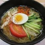 石焼ビビンパ - 冷麺@680円(税別)