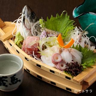 鮮度抜群の鮮魚、季節の野菜をふんだんに使った料理