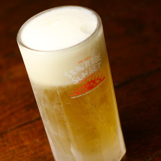 一番大事かも!ビール用のジョッキはキンキンに凍らせてます!