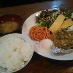 フィレンツェ - 日替り(油淋鶏) 680円