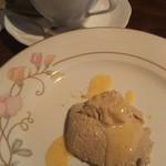 ペルバッコ イタリアーノ - デザート:紅茶のブランマンジェ