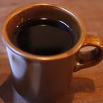 月ノ輪 - ブレンドコーヒーを飲んでほっと一息・・・       焼き菓子にとってもよく合います。