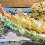 72997267 - 大エビと季節の天ぷら【料理】