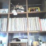 73236 - ジャスのレコードがぎっしり