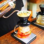 オニバスコーヒー - 1杯ずつドリップ