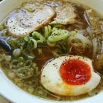 麺屋ジョニ- - 料理写真:醤油ラーメン670円(税込)