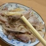 73002127 - 「肉そば」の鶏肉、リフトアップ。