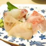 下町丸竹都寿司 - あ真鯛 昆布締めのメダイ 金目鯛