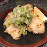 串焼ホルモンほうちゃん - 料理写真:大トロホルモン(塩)