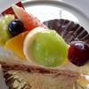 パティスリーカフェ クルール - 料理写真:旬のフルーツ チーズタルト