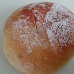 たま木亭 - キャラメルクリームパン 190円♪