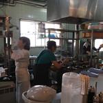 栄寿亭 - 厨房