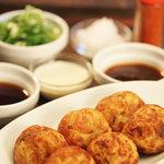 choice - こだわりのたこ焼きはソースや醤油、塩など5種類の味から楽しめます☆