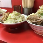 ラーメン二郎  - 左から,ノーマル,控えめ,野菜増し
