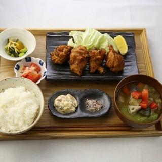 主菜、副菜には発酵調味料を使用
