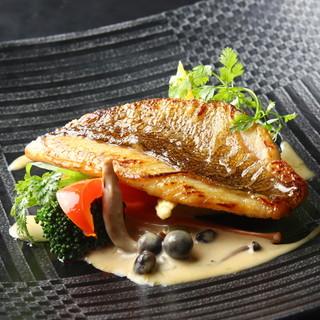 自家菜園野菜と新鮮鮮魚など、素材の味を楽しむ優しいフレンチ◎