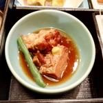 73038615 - 豚角煮