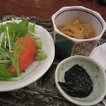 日本橋イカセンター - サラダ・切り干し大根・海苔の佃煮