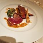 キハチ - 牛ロース肉の網焼き