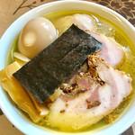 麺工 小烏丸 - 塩ラーメン(大盛)レボリューション仕様(笑)【料理】