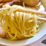 麺工 小烏丸 - 厳選素材で作られて熟成された麺リフト【料理】