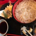 広もと - 料理写真:天付冷やしうどん1270円