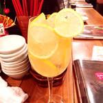 神戸三宮肉寿司 - 生レモンハイボールしずくだま