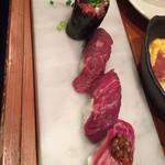 神戸三宮肉寿司 - 桜満開寿司盛り