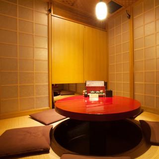 ≪半個室あり≫木の温もりがあふれる、上質な和の空間