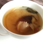 73060092 - ふかひれ入り金華ハムの香り漂う上湯蒸しスープ