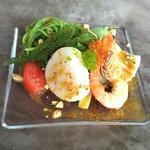 ヌーベルシノワ 玻璃 - オリジナルドレッシングの冷たい翡翠麺 海鮮とサラダと共に