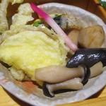 那古野 沢瀉食堂 - 沢瀉定食 1,000円(税別)の 揚げ物、鯖の山椒焼き、茄子等のお浸し。