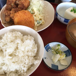 七色食堂 - 料理写真:サービスランチ(税込800円)(2017.09現在)