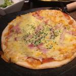 ちょんたま食堂 - 日本人はみんなピザが好きなのさ